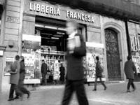 libreria francesa - La ley anti Amazon de Francia aprobada: obligatorio cobrar los gastos de envío en libros